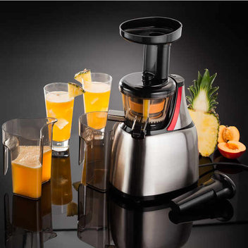 Win a cold-press juicer from Stellar worth £200