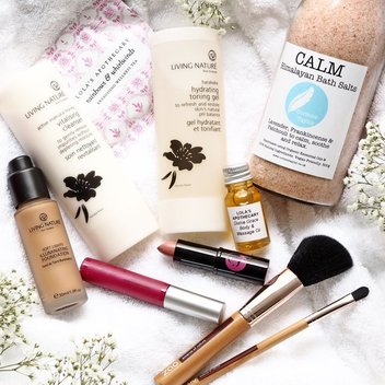 Bag a free beauty bundle from Full Time Beauty