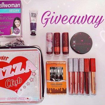 Win Beauty Goodies & Revolution makeup