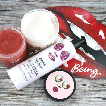 Get your hands on free Sanctuary bath & body products