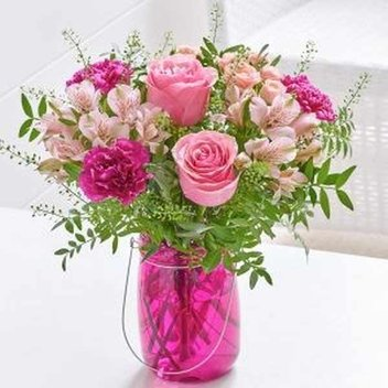 1,000 free Interflora Letter Box Flowers