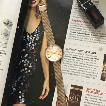Complete your outfit with a free Adexe Watch