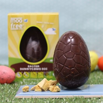 Munch on a Moo Free Easter bundle