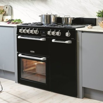 Win a Stylish Leisure Cuisinemaster Pro Range Cooker
