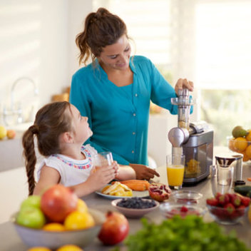 Win a Philips Avance MicroMasticating Juicer worth £330