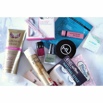 A Big New Year Beauty & Lifestyle Giveaway