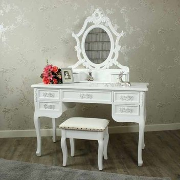 Win a dressing table and accessories from Melody Maison, worth over £500