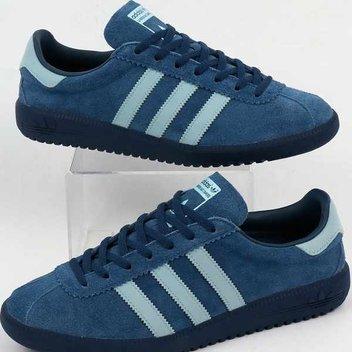 Sport free Adidas Trainers
