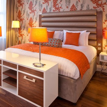 Indulge in a 2-night stay at Hotel Indigo Edinburgh
