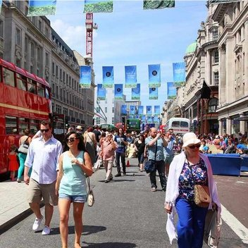 Enjoy Summer Streets wtih Regent Street London
