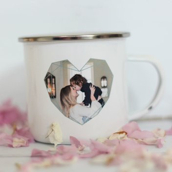 Free personalised photo mugs