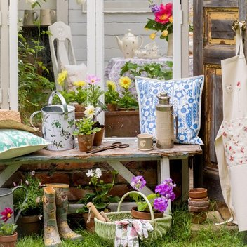 Check out the Country Living Magazine Spring Fair for free