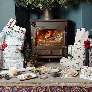 Get a free Christmas bundle from Sophie Allport
