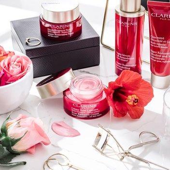 Test the new Clarins anti-ageing moisturiser for free