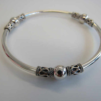 Win a sterling silver Indonesian bangle