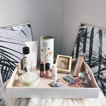 Run Up To Christmas beauty giveaway