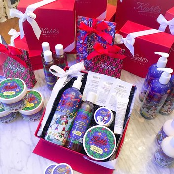 Jigsaw & Kiehl's Christmas Competition