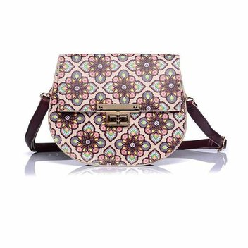 Accessorize with a free Retro Floral Print Handbag