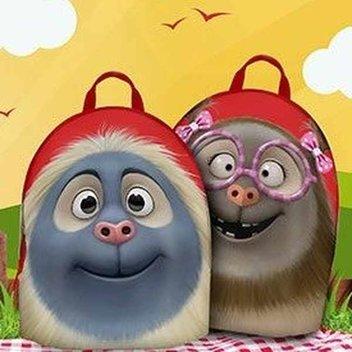 2,000 free Alfie & Isabella backpacks