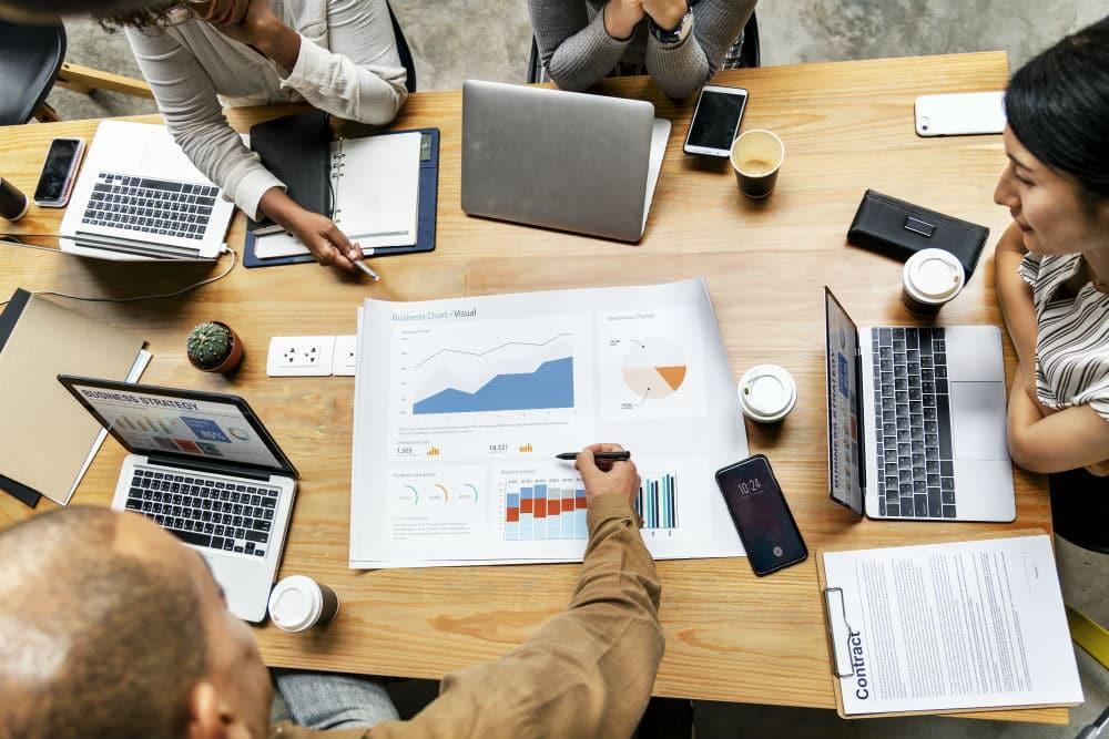 freelancers vs regular employees