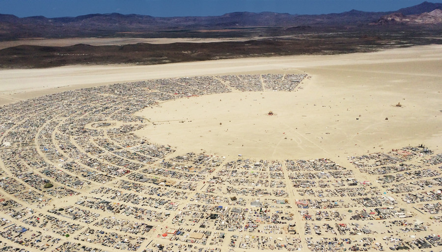 Building Community: 8 Hot Event Best Practices Inspired by Burning Man