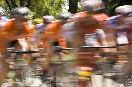 Cyclists in men's race - motion blur