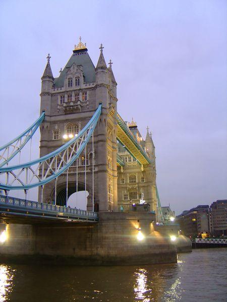 Illuminated view of Tower Bridge