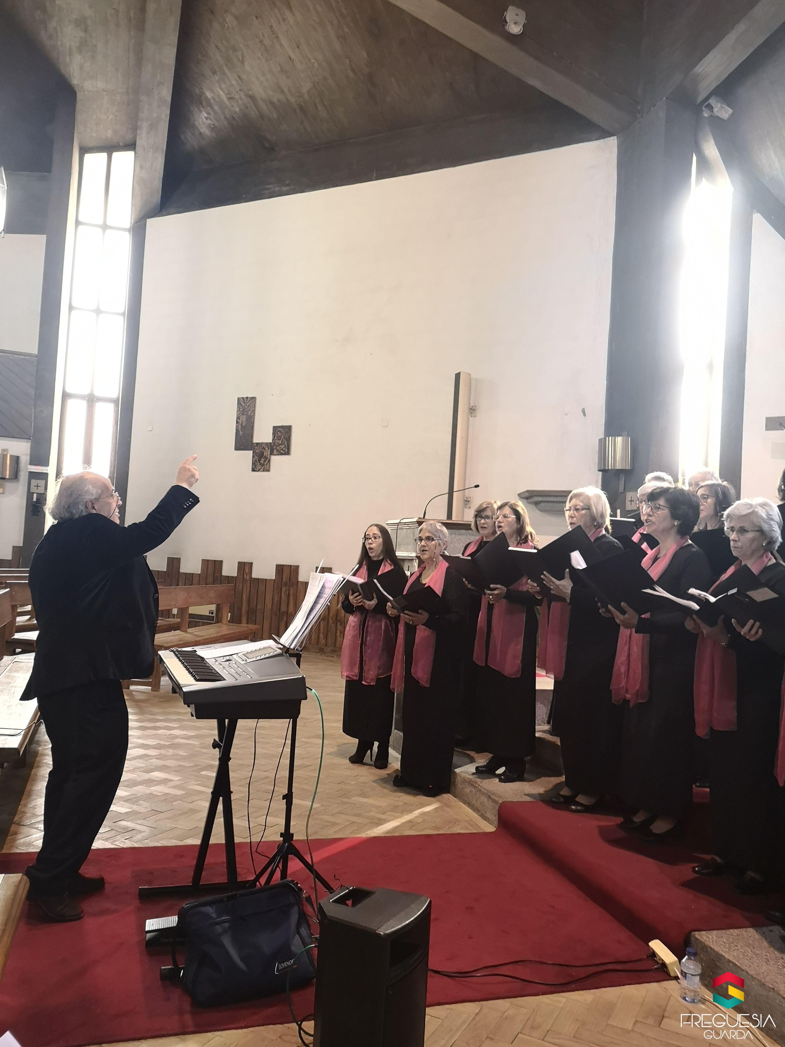 """Concerto na Igreja de São Miguel pelo Grupo Coral """"Pedras Vivas"""""""