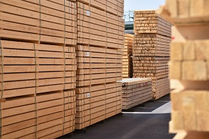 How to transport lumber