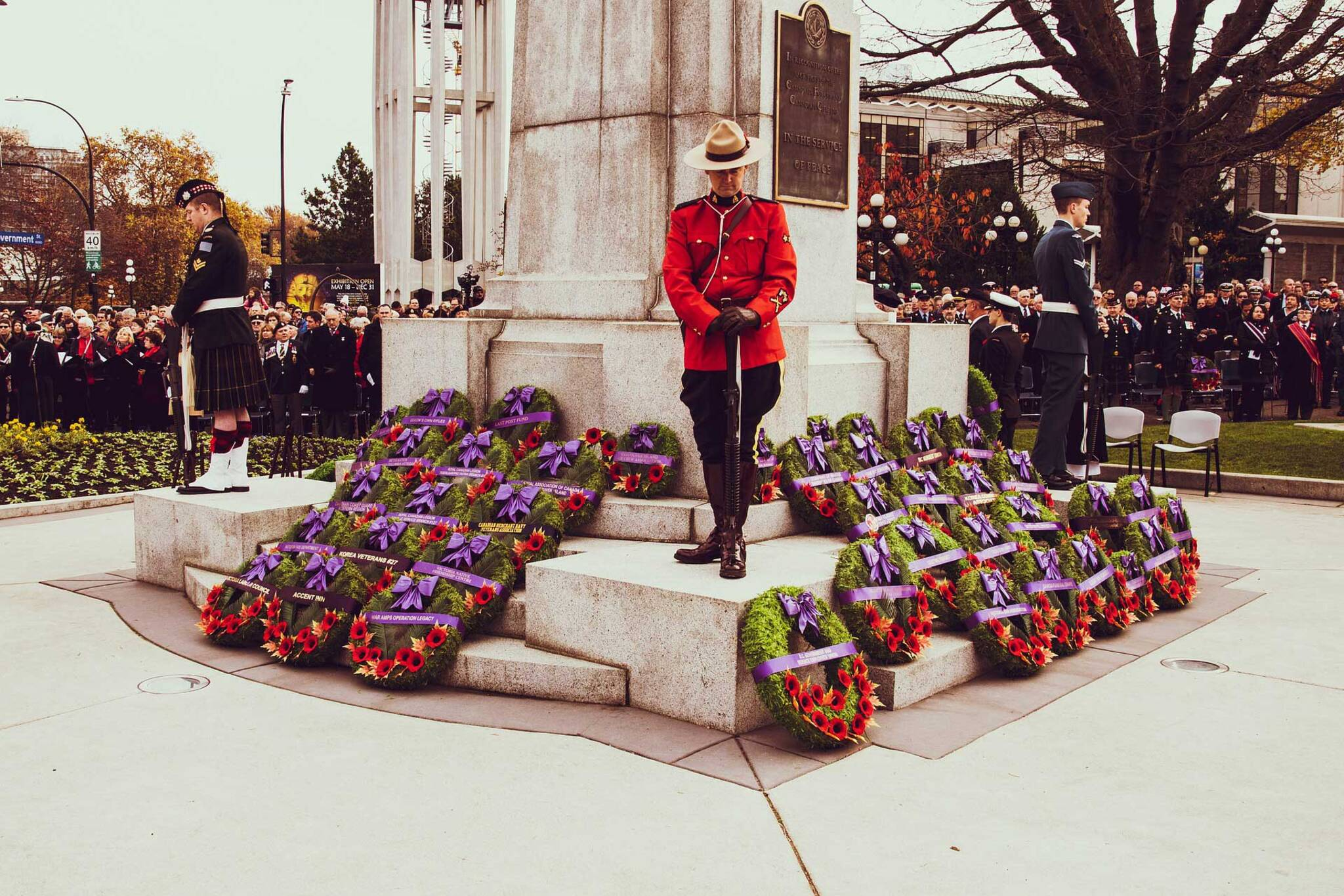 is remembrance day a holiday
