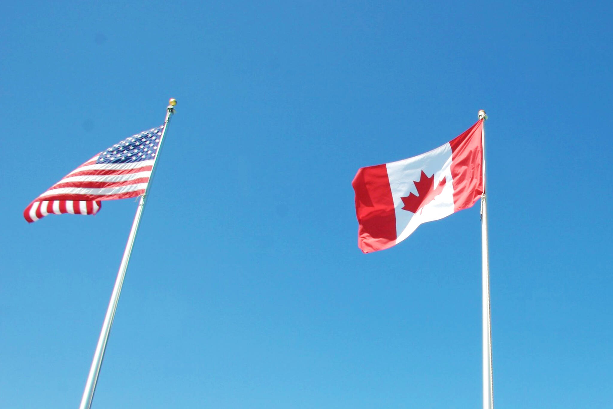 can americans travel to canada