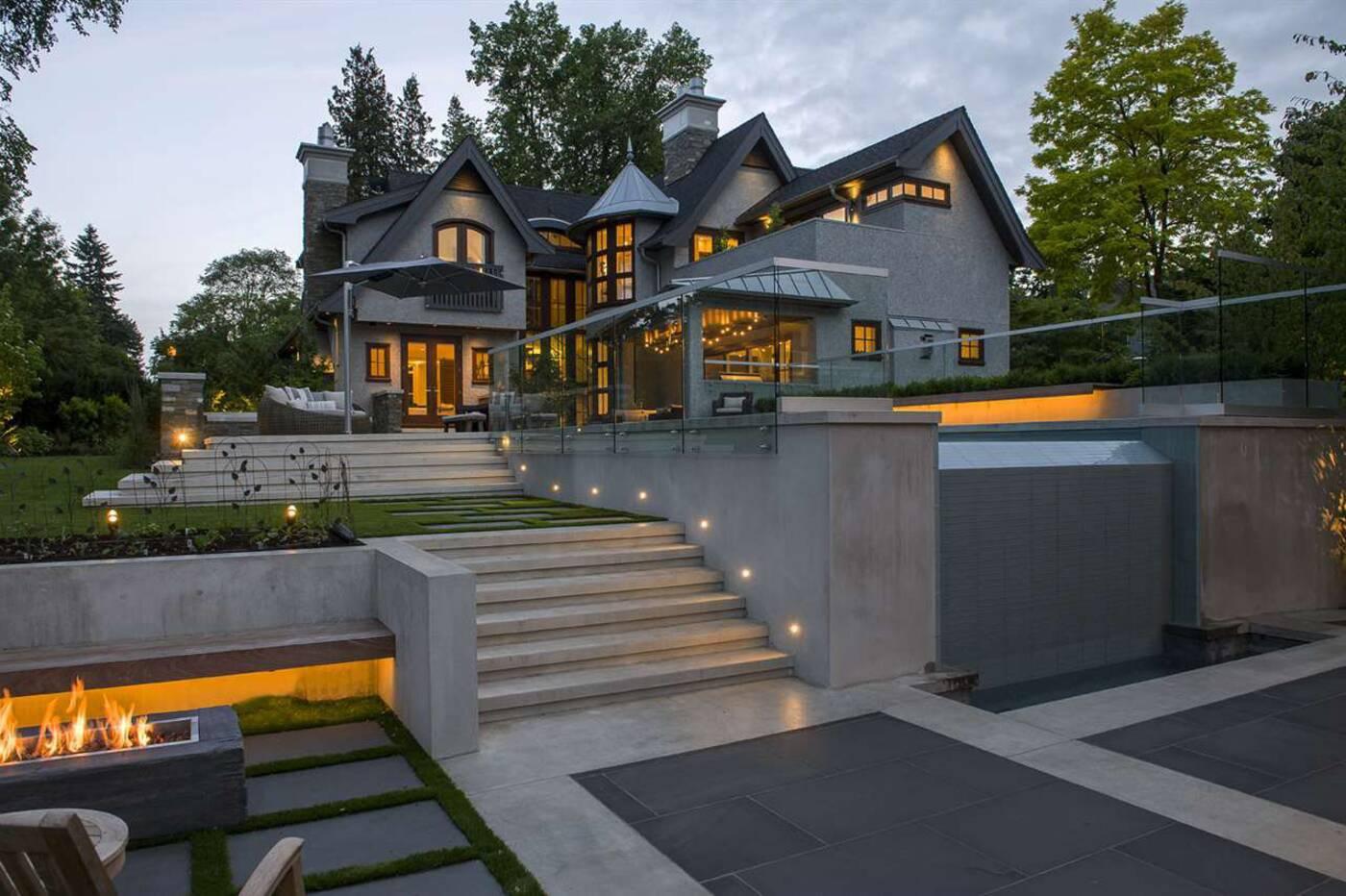 1707 W 38th Avenue Vancouver