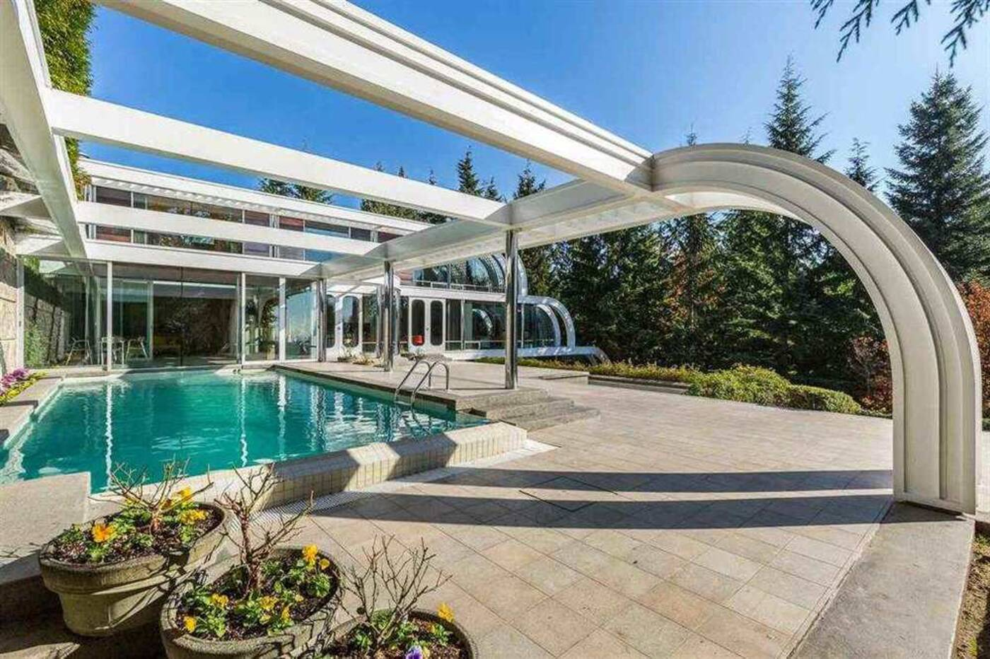 1056 Groveland Road, West Vancouver, BC