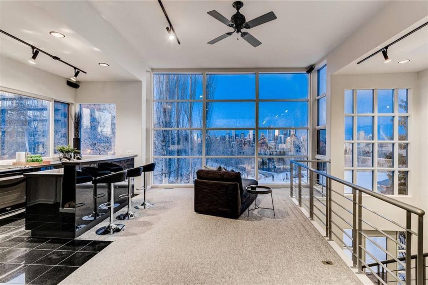 407 33 Avenue SW Calgary