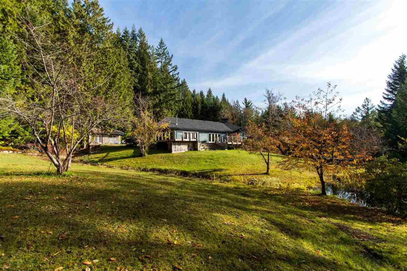3037 Grauman Road Roberts Creek BC
