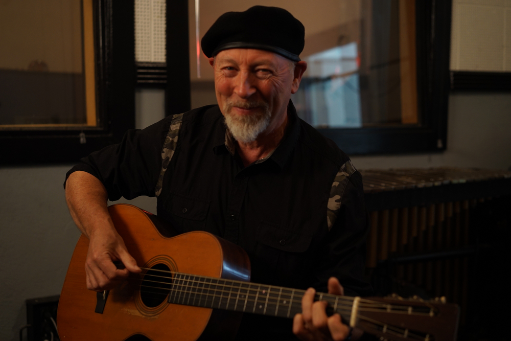 Still And All Richard Thompson Looks Forward And Back Fretboard