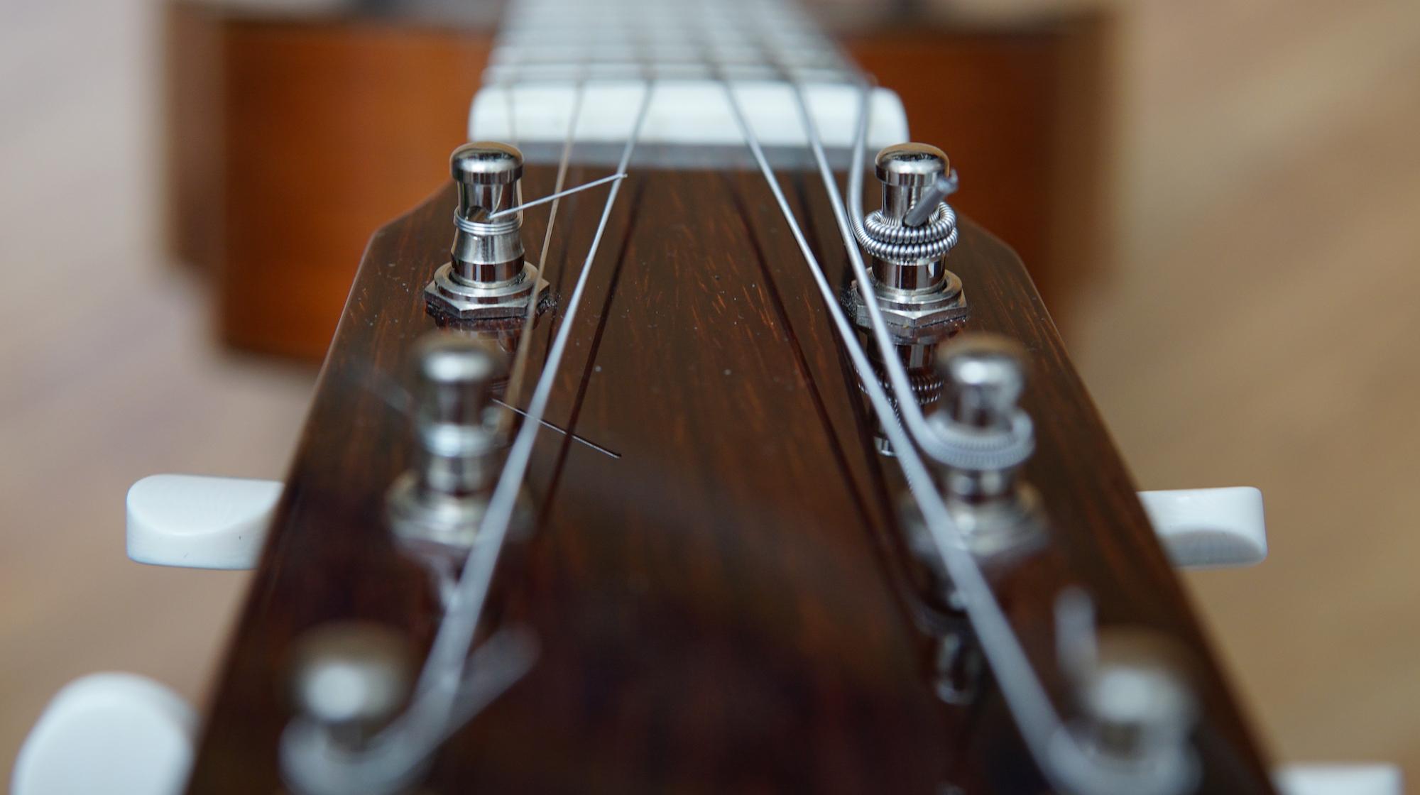 Hands On: Nickel Acoustic Guitar Strings | Fretboard Journal