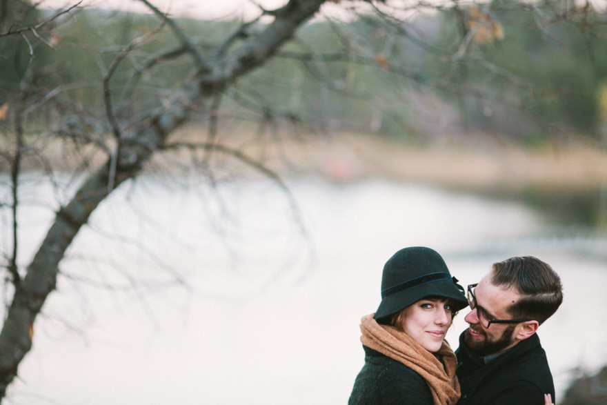 Cozy Loveboating at the Lake – Photo by Let's Frolic Together