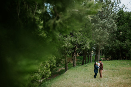 Forest love – Photo by Let's Frolic Together