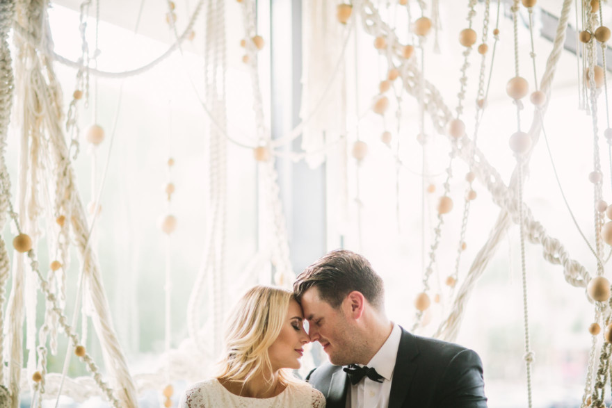 Modern Glam Palm Springs Wedding – Photo by Let's Frolic Together
