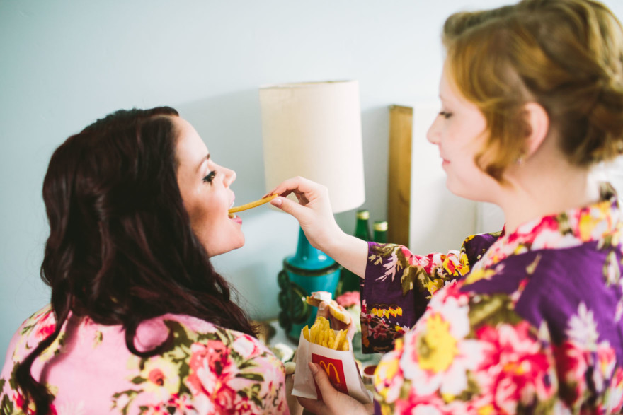 Rockin' Retro Pearl Hotel Wedding – Photo by Let's Frolic Together
