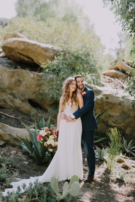 Lovebirds at Hummingbird Nest Ranch – Photo by Let's Frolic Together