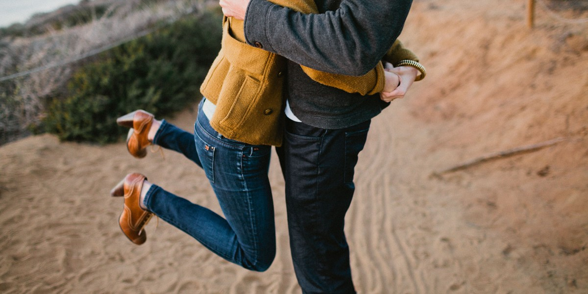 Darling Torrey Pines Engagement – Photo by Let's Frolic Together