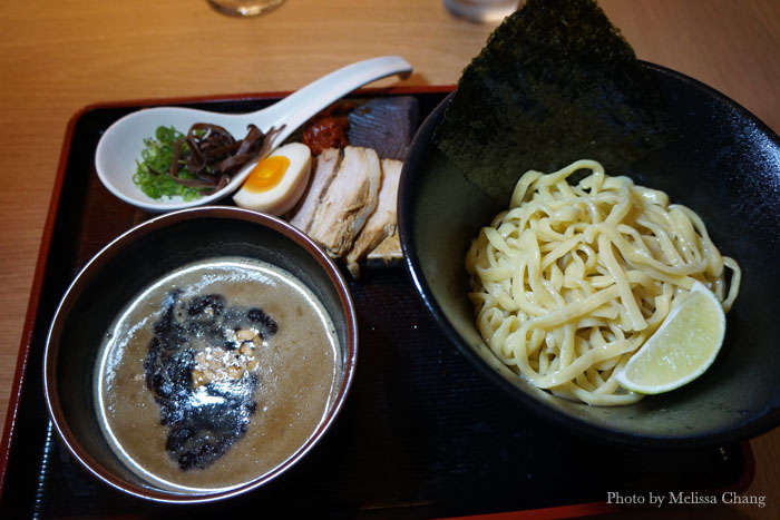 Black garlic tsukemen.