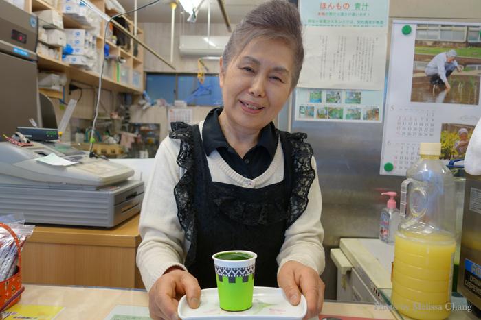Mrs. Naito at Asagaya Aojiru Stand.