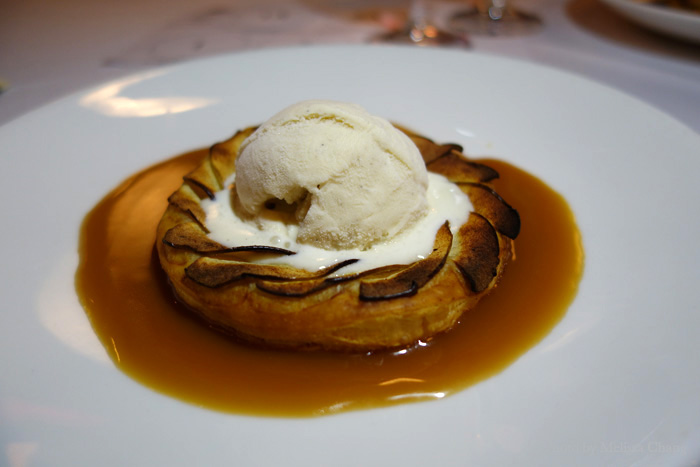 Warm Granny Smith apple tart at Sansei.