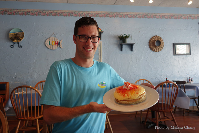 Keola Warren with his new pancakes.