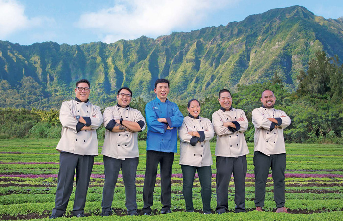 The Hawaiian Airlines guest chefs with Chai Chaowasaree (center), from left: Jon Matsubara, Andrew Le, Lee Anne Wong, Wade Ueoka, and Sheldon Simeon. Photo by Rae Huo.