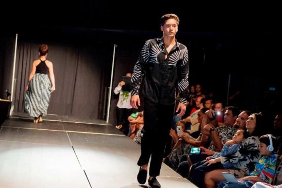 Manaola Hawaii Summer Fashion Show 205-Non Watermarked Images-0201