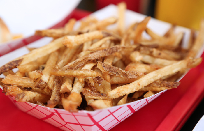 The duck fat fries at Hot G Dog are cut noticeably thicker and longer than those from Hot Doug's. The result is a crispier exterior with a nice hit of potato flavor all coated in luxurious duck fat. Easily one of the most sinful and delicious dishes I've ever eaten.